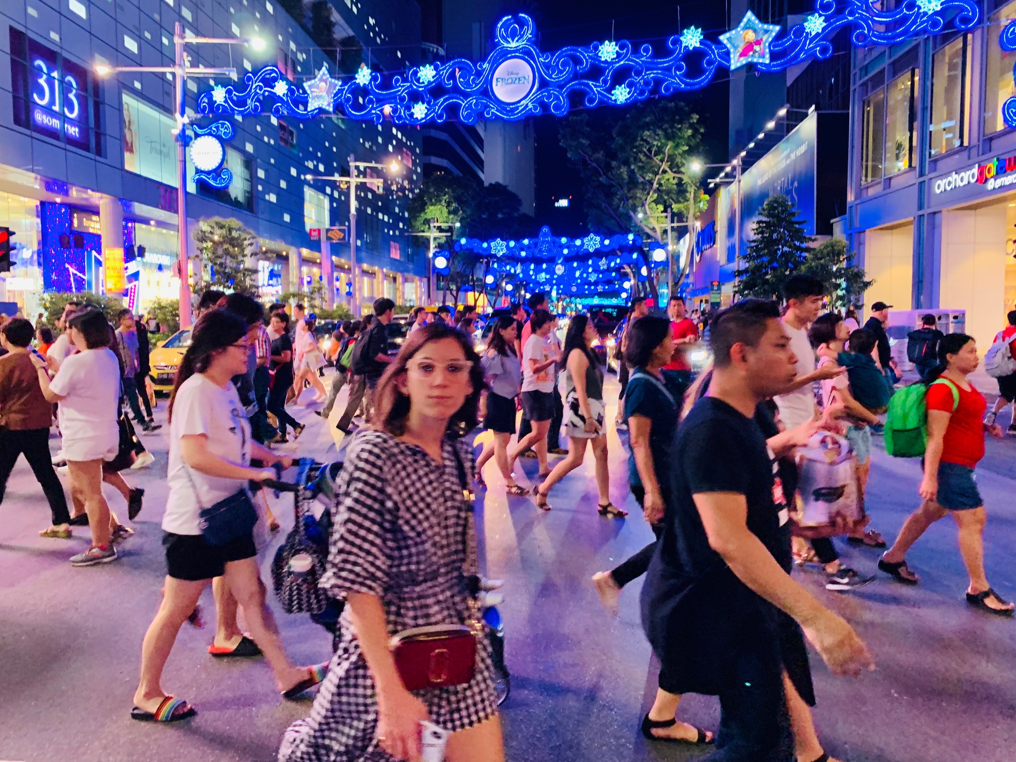 24hrs in Singapore - Renown as a gateway to many other countries in South East Asia, Singapore is a city of abundance, luxury and cleanliness. IIf you are just passing by or starting your trip here, find some recommendations from the TCB team on what to do and where to eat. All in 24 hours!