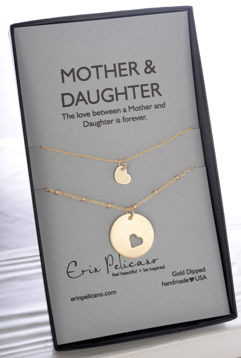 Thoughtful gifts for loved ones - Ceremonies by Camille