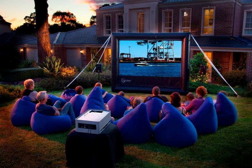 Backyard-Cinema-Hire-1.jpg