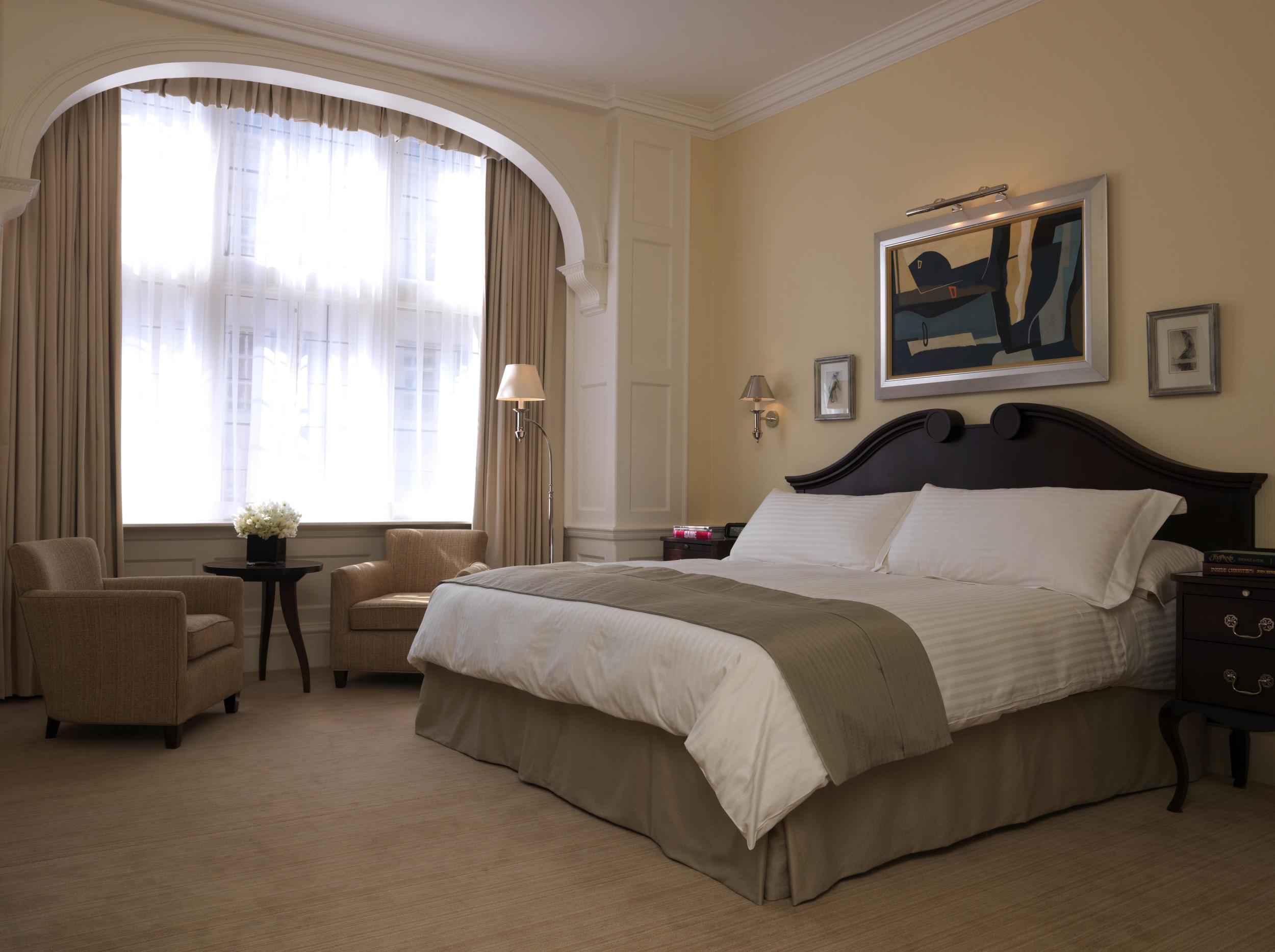 Connaught 218 Grosvenor Suite.jpg