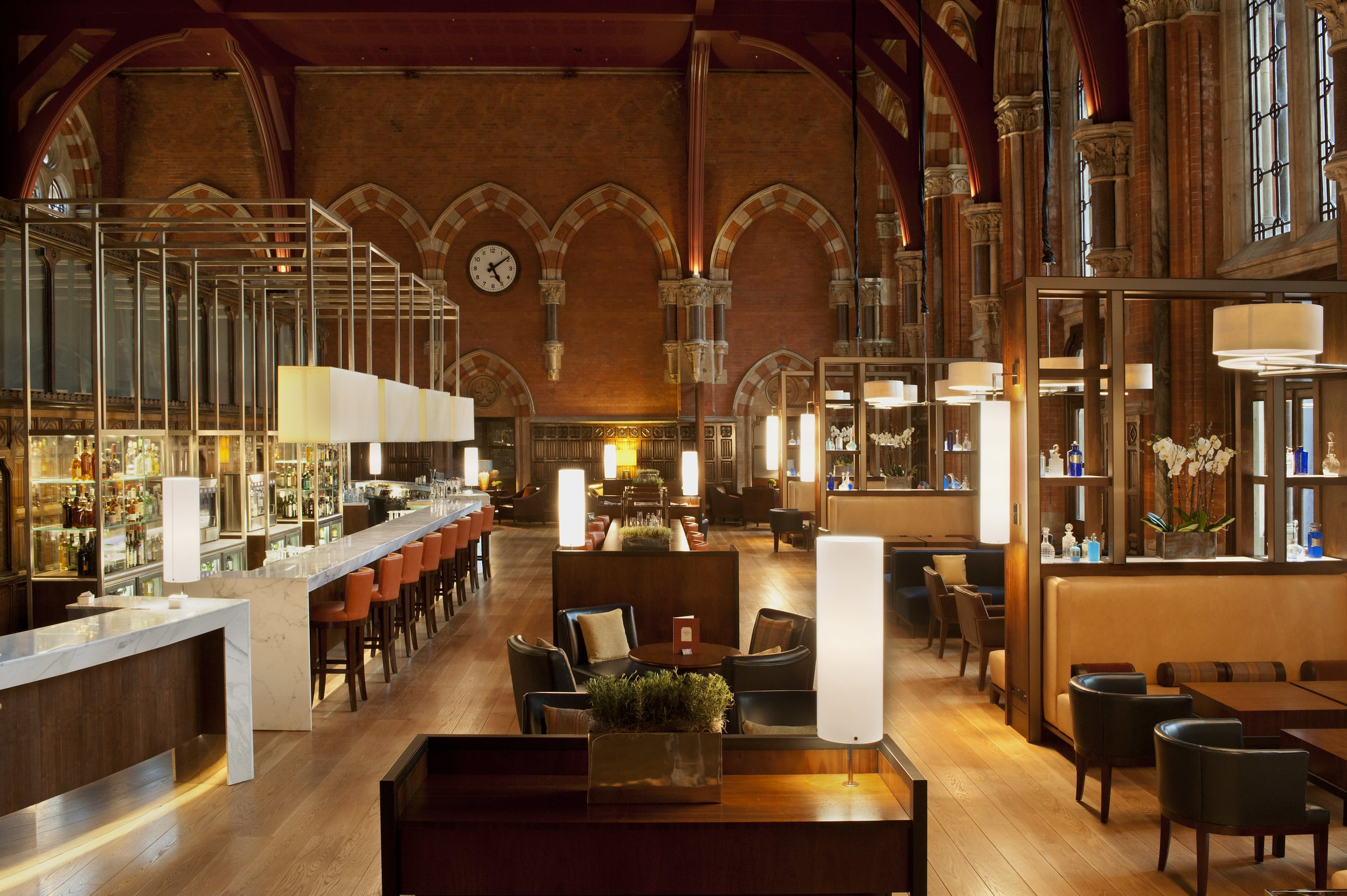 Booking Office bar & restaurant_1.jpg
