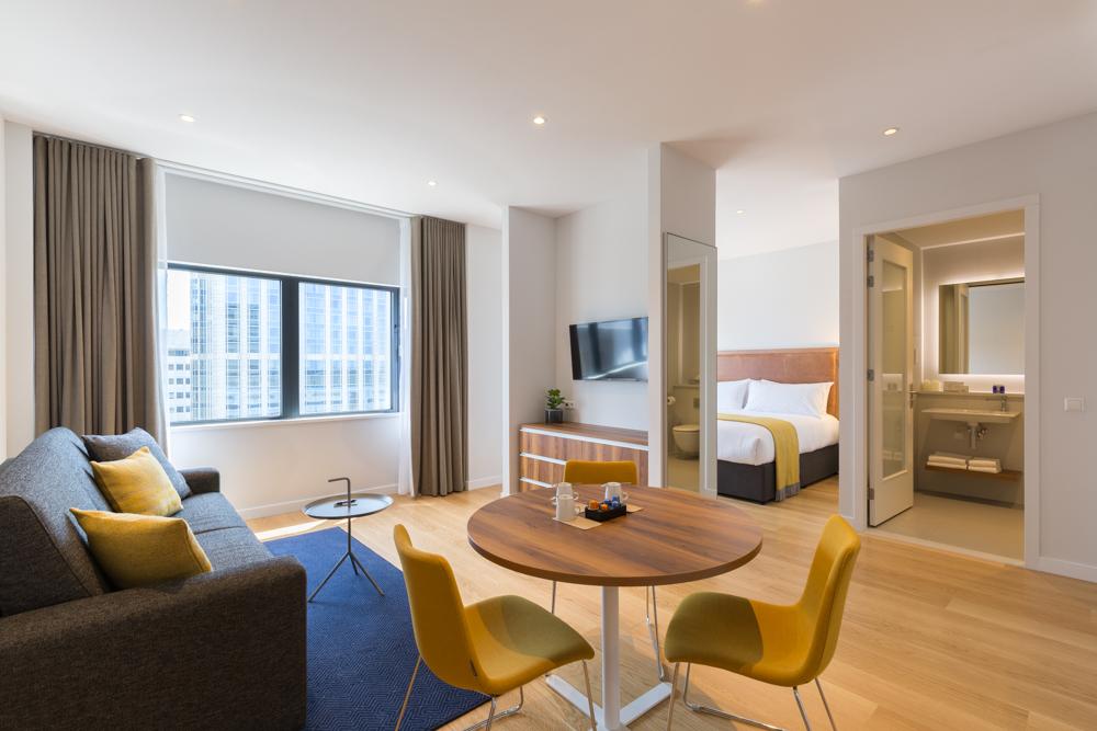 PREMIER SUITES PLUS Rotterdam - lowres-10  Superior One Bedroom Apartment.jpg