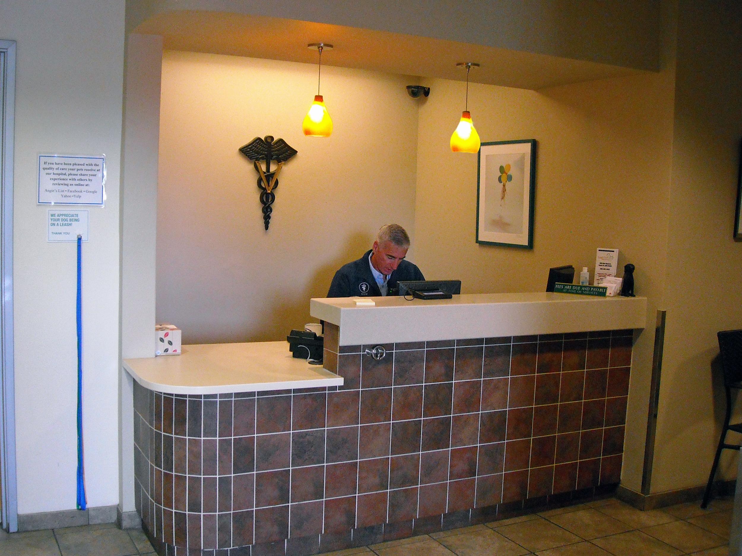 Urgent care reception desk