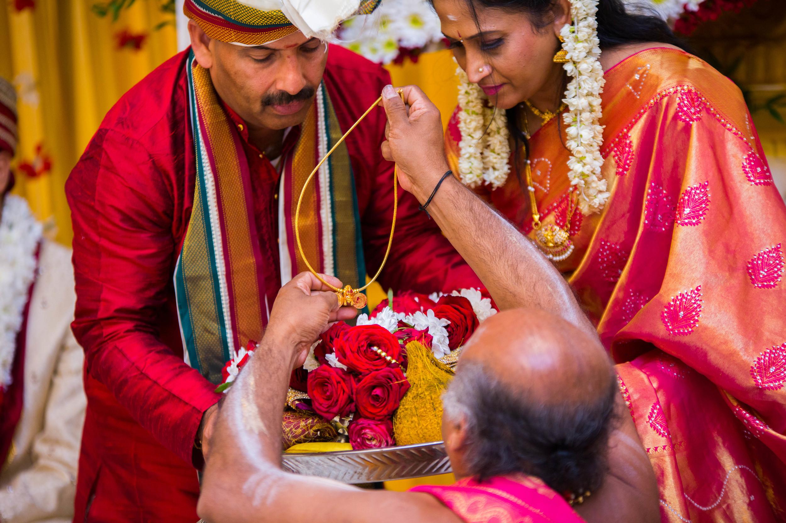 Yasiga & Dinesh Hindu Wedding-7306.jpg