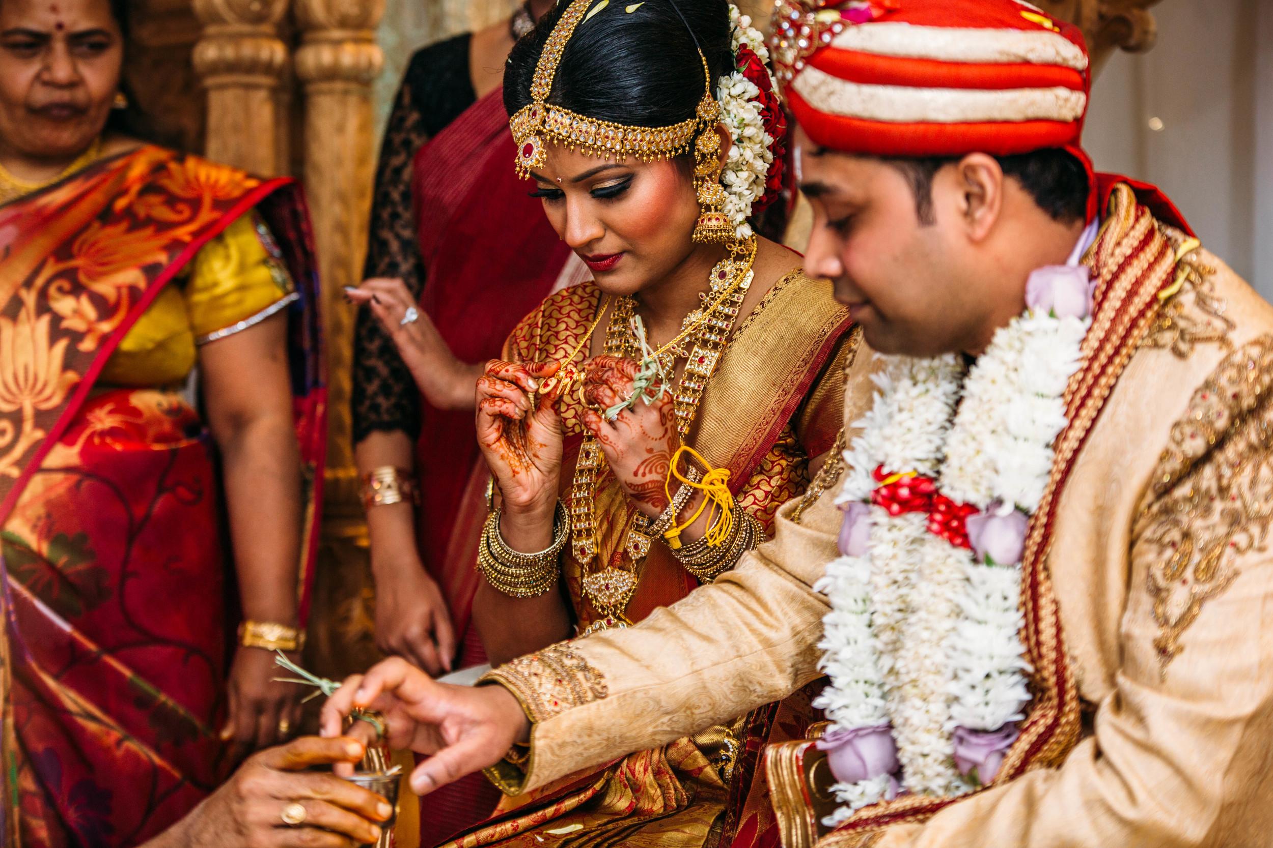 Nisha & Gopi Hindu Wedding-2537.jpg