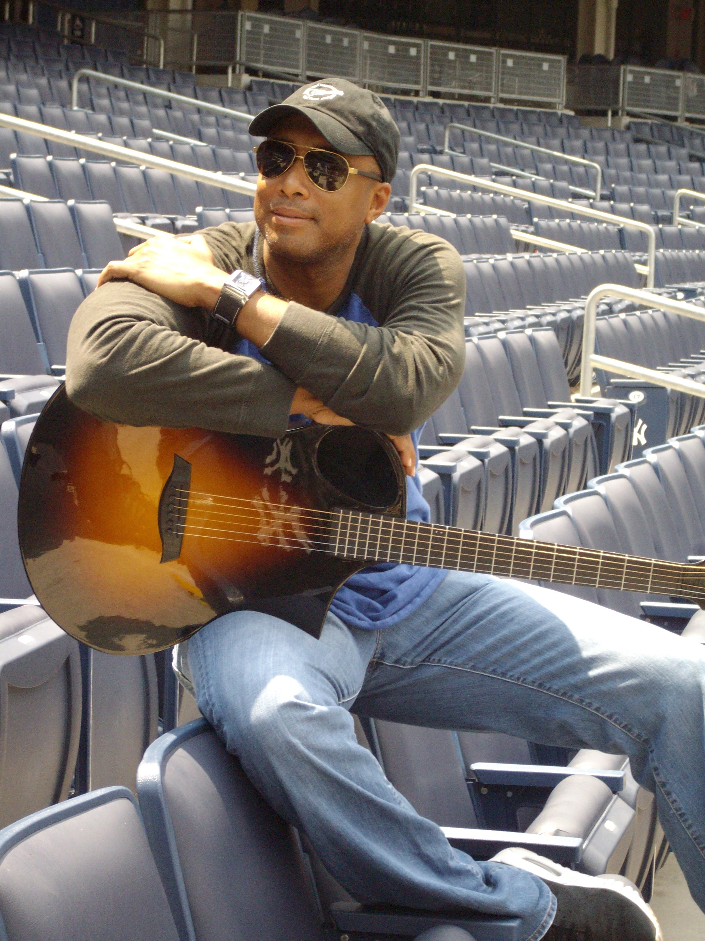 Bernie Williams_Yankee Stadium.jpg
