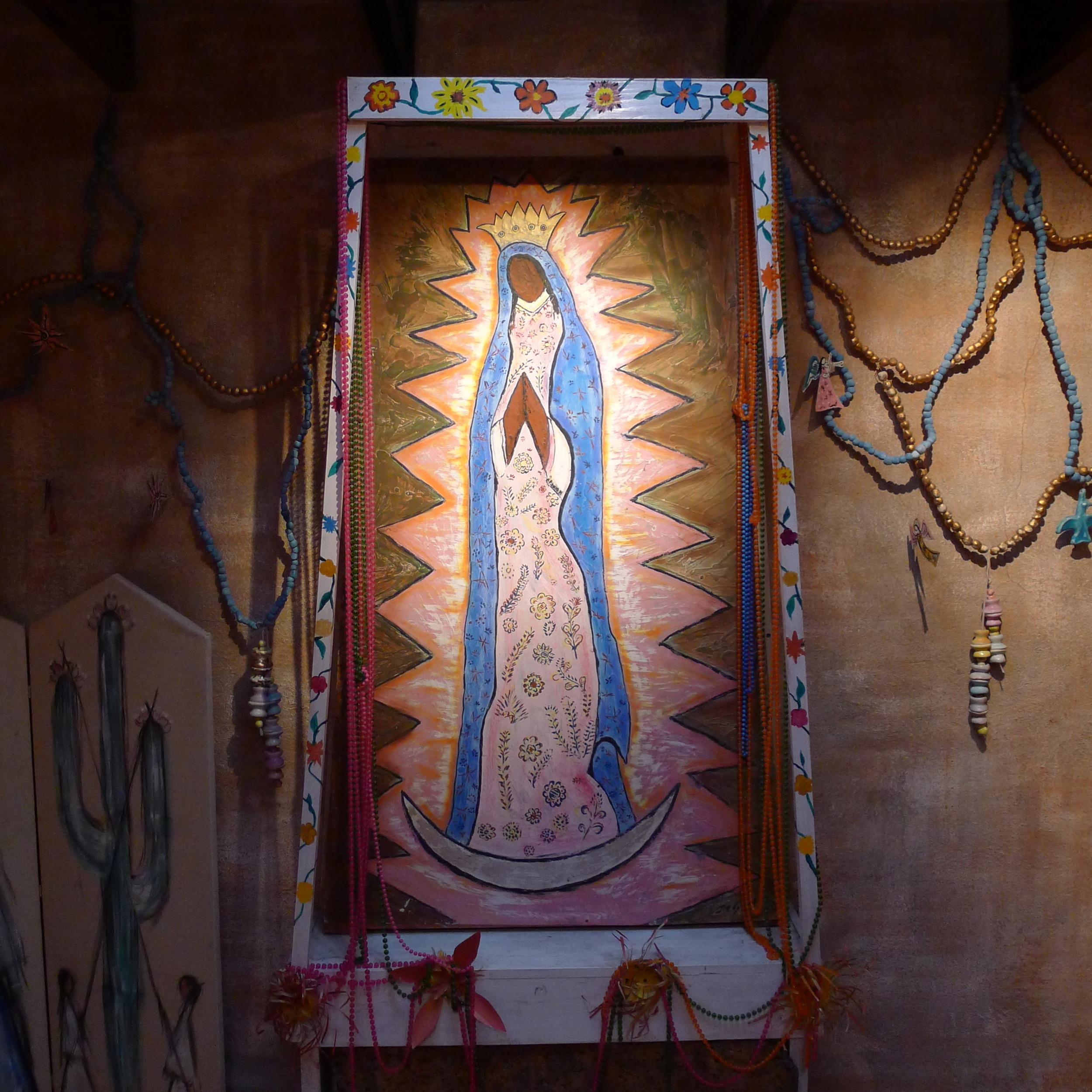 Sacred Feminine by Ettor Degrazia