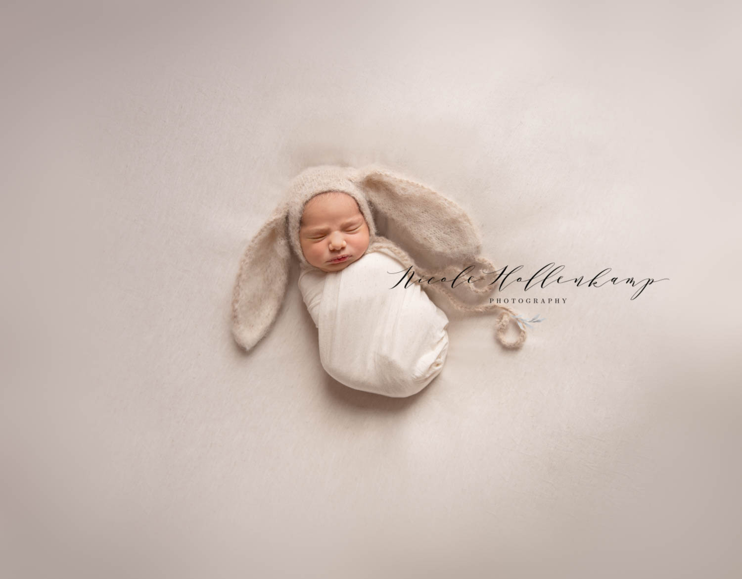 … you are so very good at (newborn Photography)! 💕 - Colleen K. {Milaca, MN}