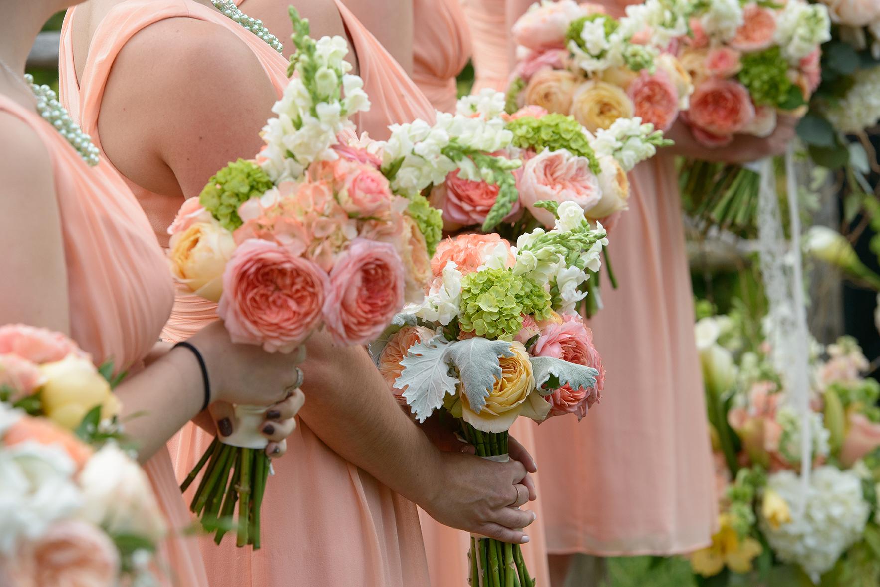 vintage_bridal_bouquet_peach_yellow_green