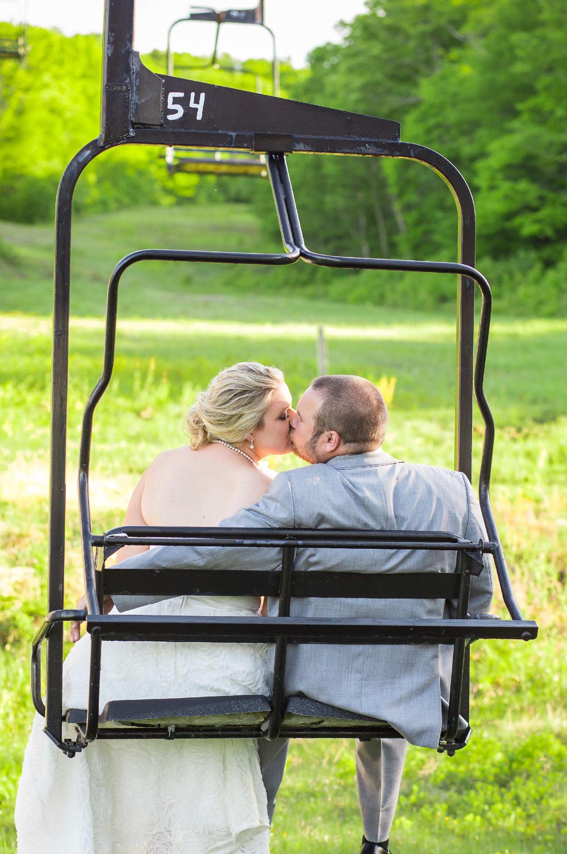 bride_groom_ski_chairlift_big_tupper_adirondacks