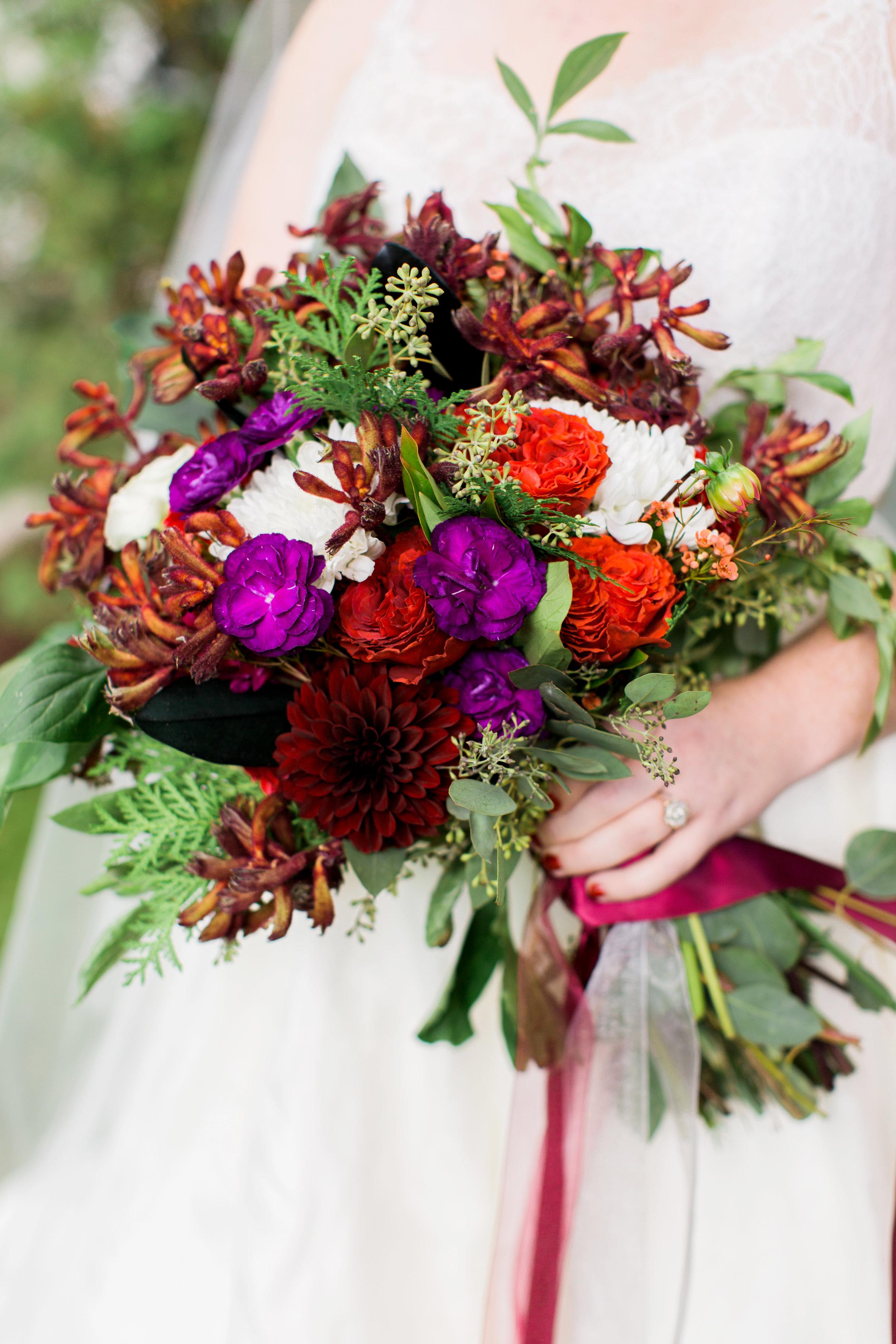 fall_boquet_wedding_adirondacks