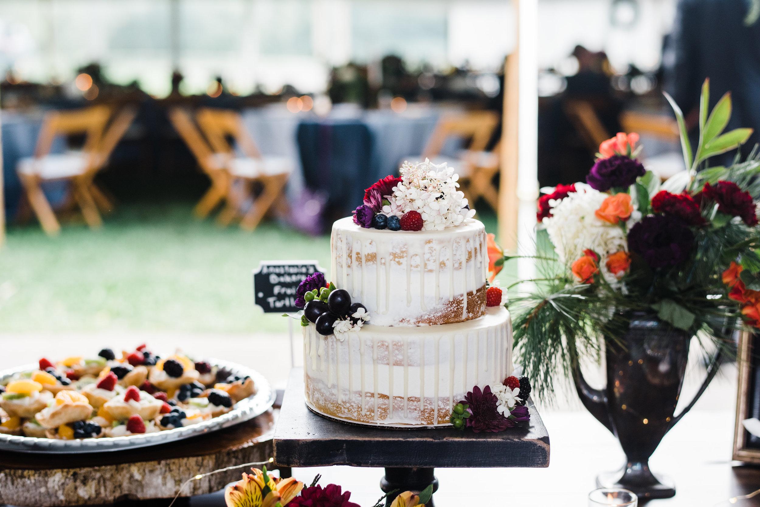 wedding_family_dessert_table.jpg