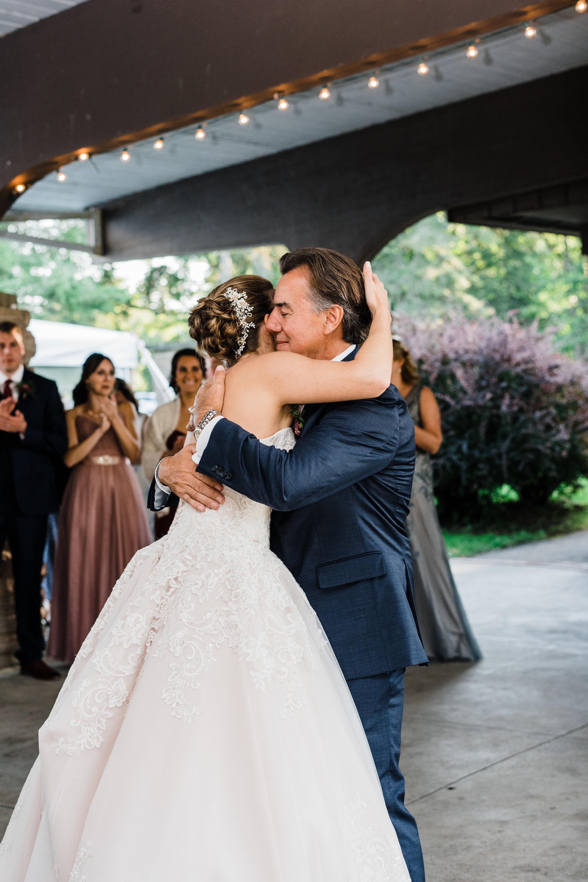 robert_moss_state_park_wedding_first_dance.jpg