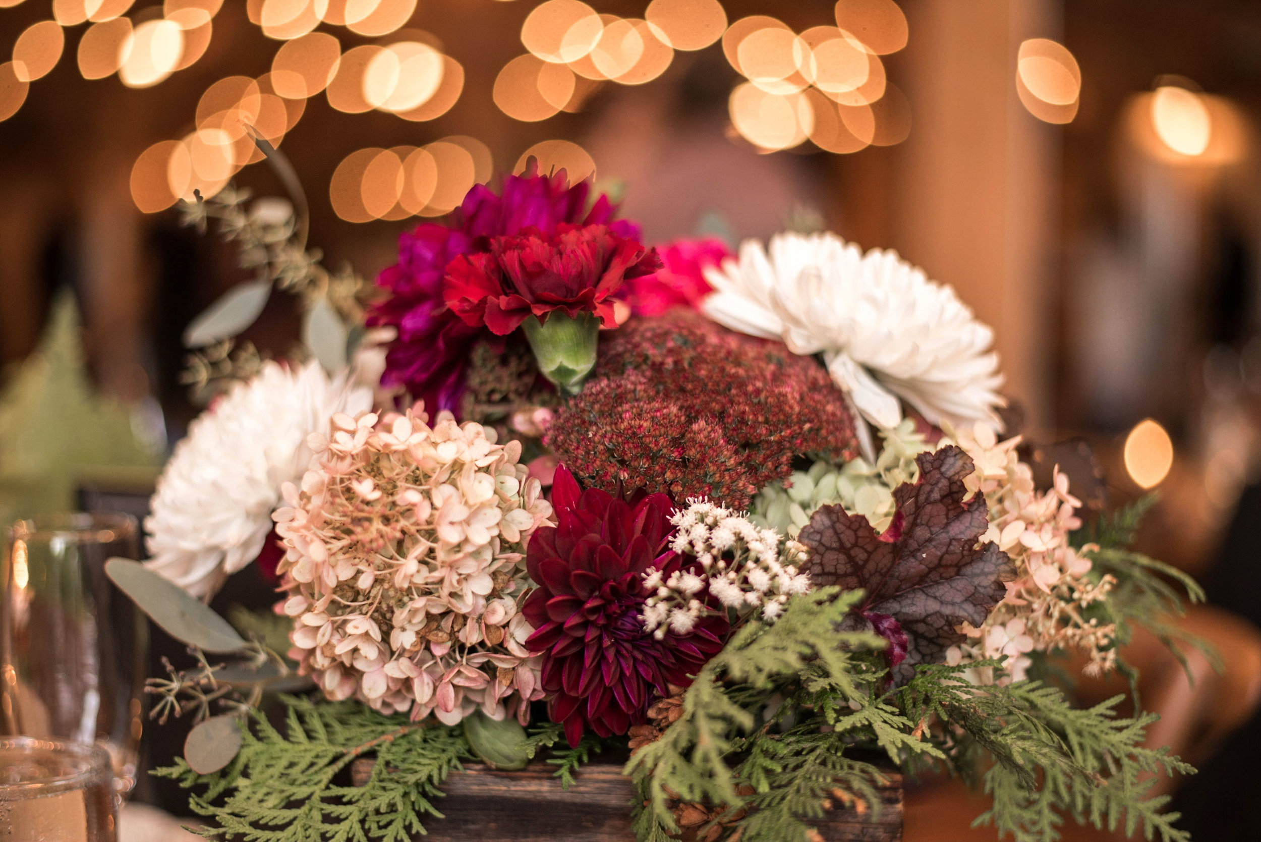 fall_wedding_wildflower_centerpiece.jpg