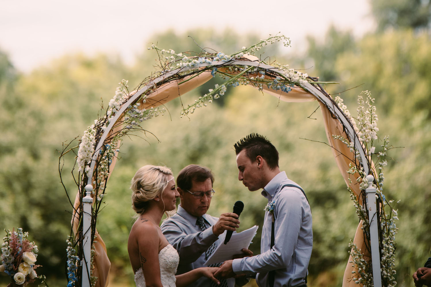 minnesota-outdoor-wedding-photographer.jpg