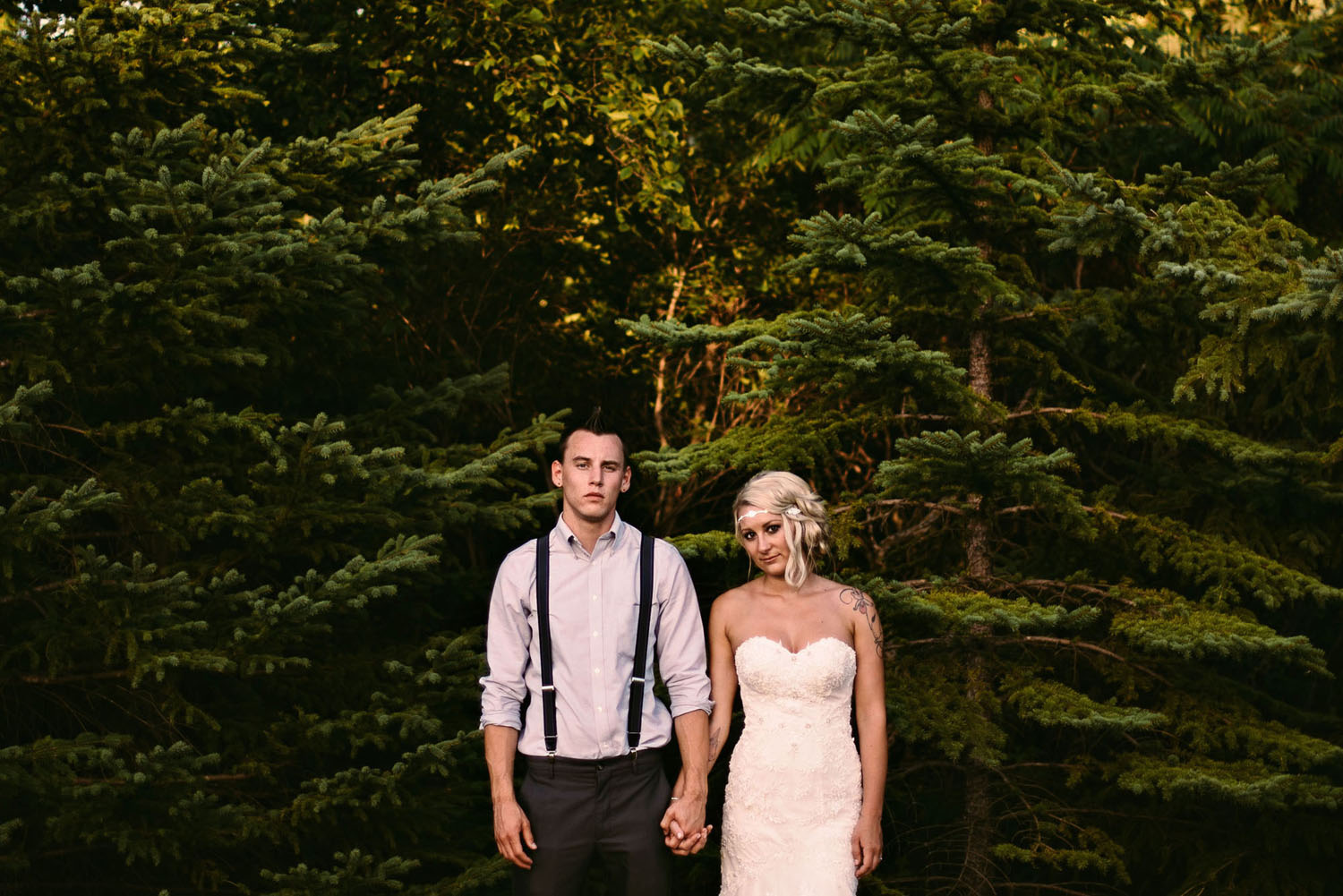 outdoor-wedding-photography-minnesota.jpg