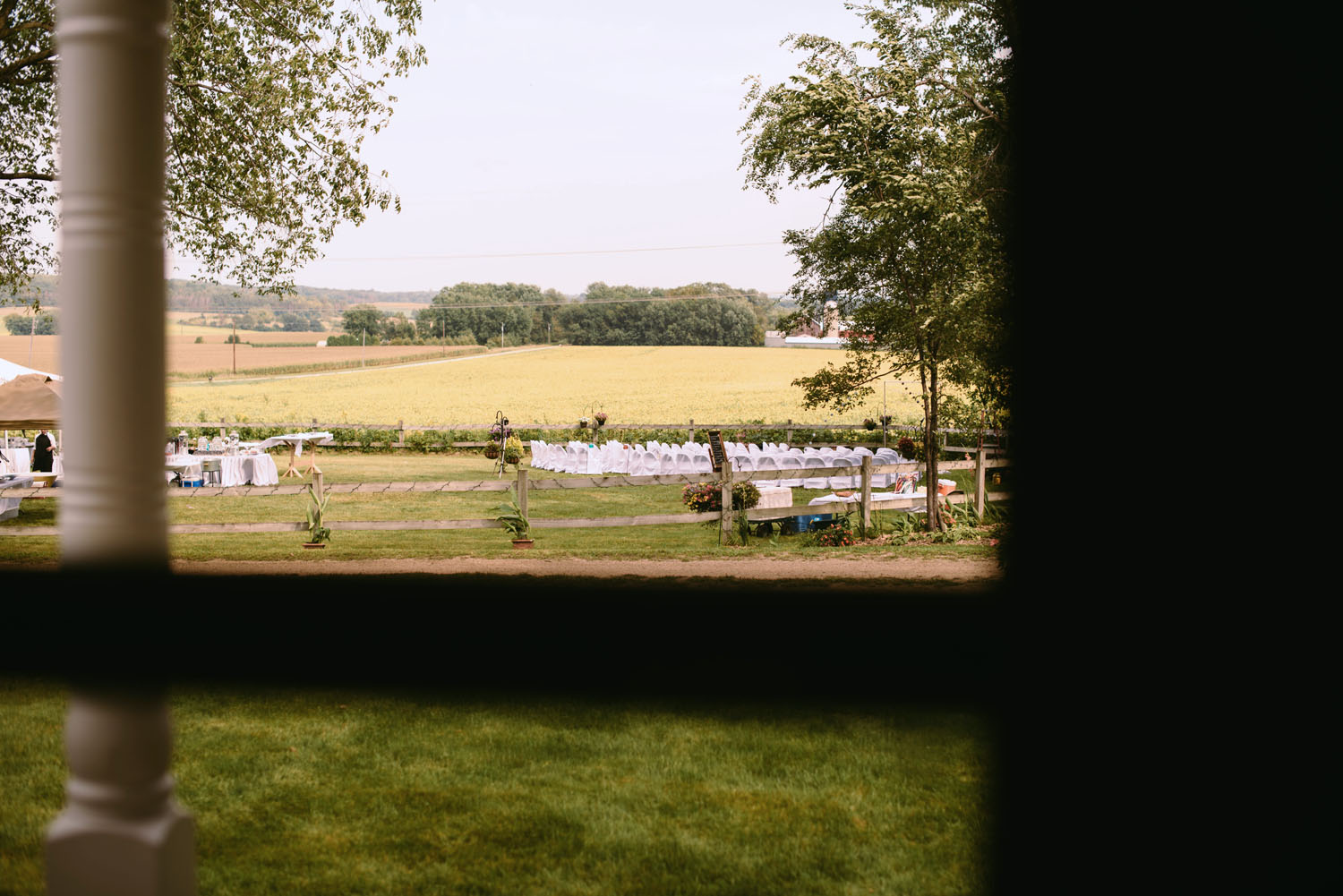 outdoor-wedding-minnesota-wedding-photographer.jpg
