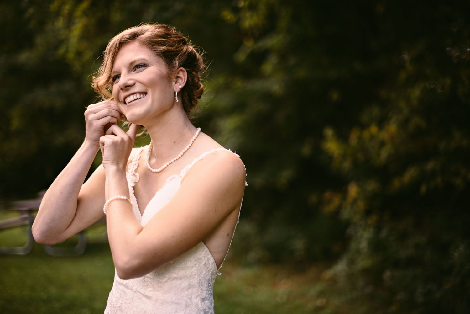 bride-getting-ready-photography-minnesota.jpg