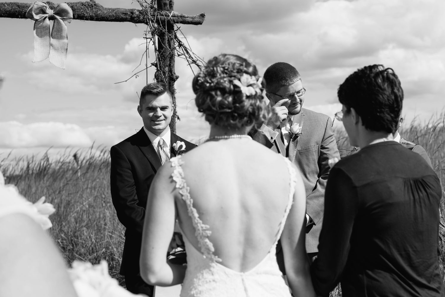 storytelling-wedding-photographer-minnesota.jpg