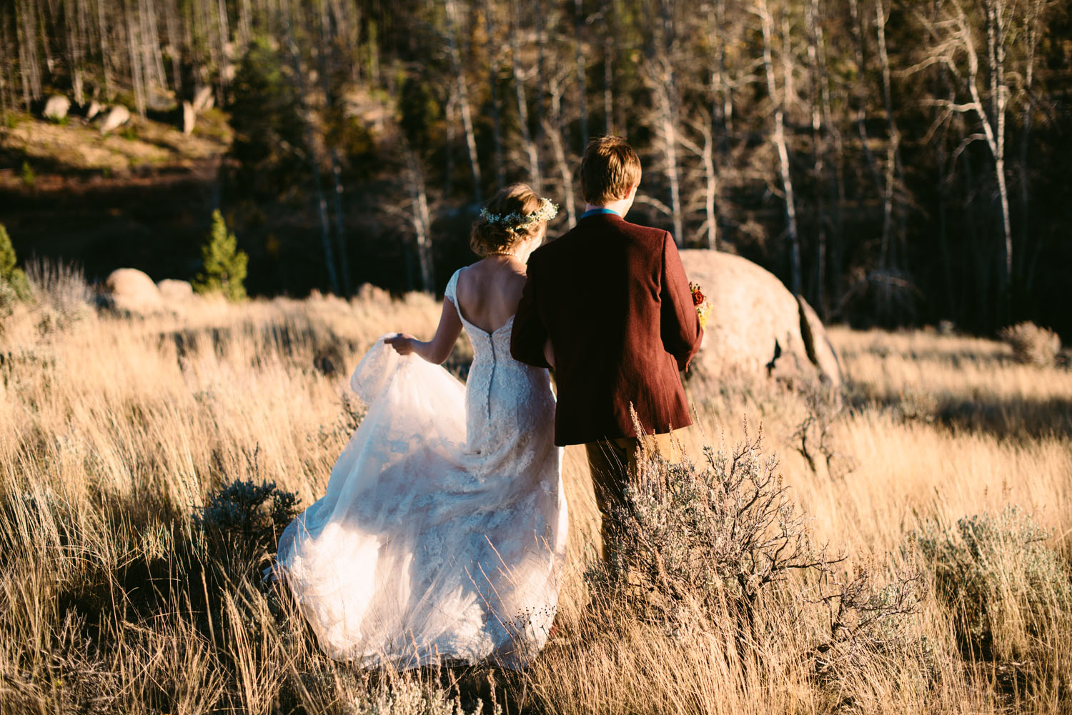 intimate-elopement-mountain-wedding-photographer.jpg