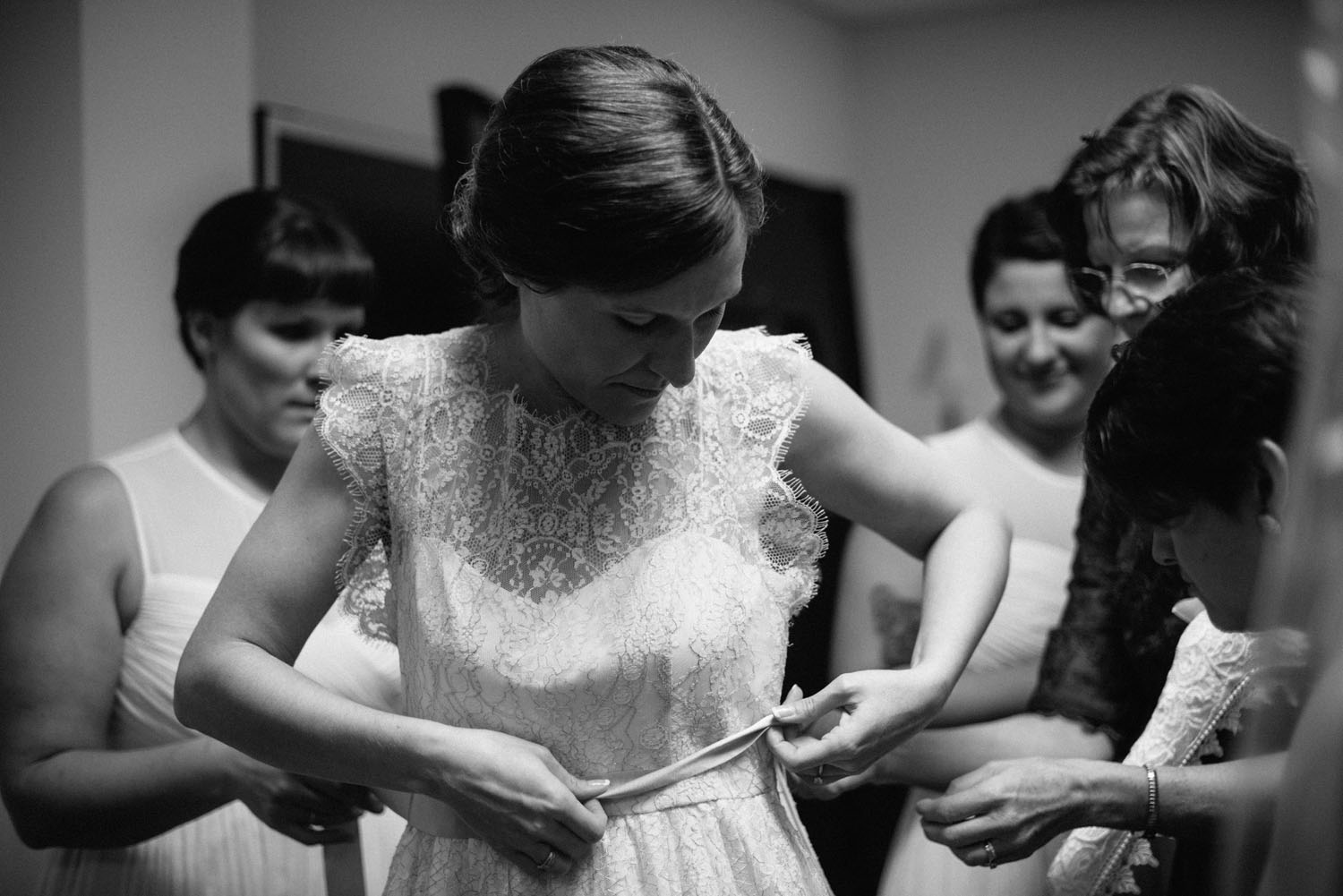 story-telling-wedding-photography-minnesota.jpg