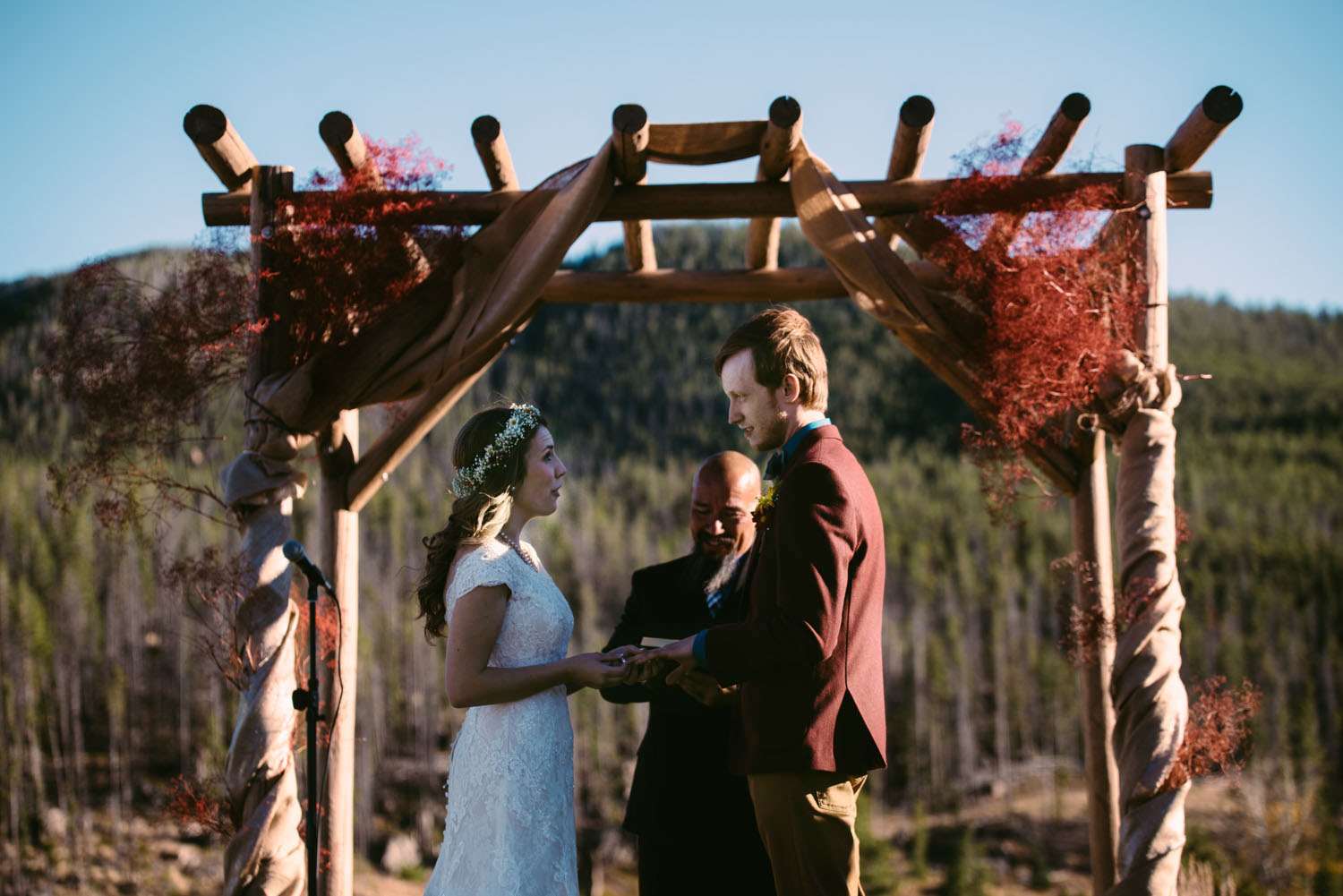 homesteak-lodge-wedding-montana-photographer.jpg