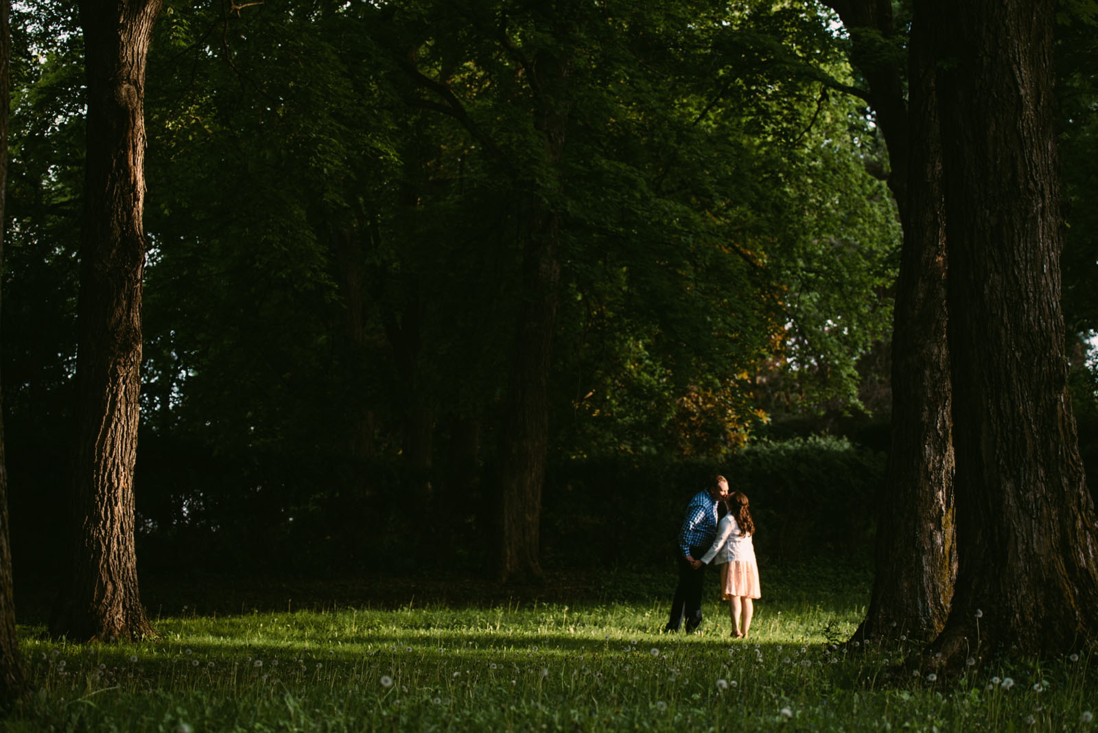 creative-minnesota-engagement-photography.jpg