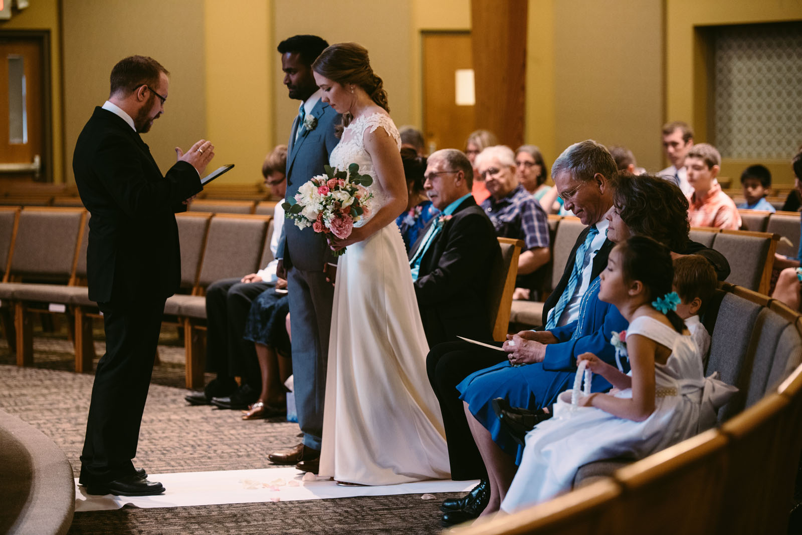 minneapolis-heartfelt-wedding-photographer.jpg
