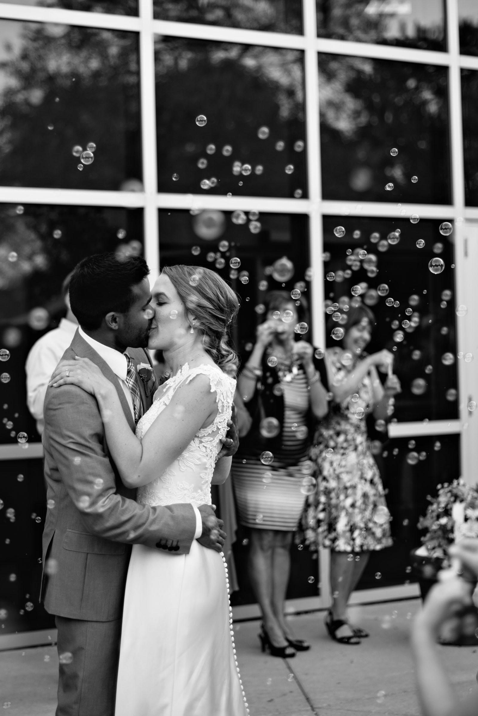 minneapolis-creative-wedding-photographer-1.jpg
