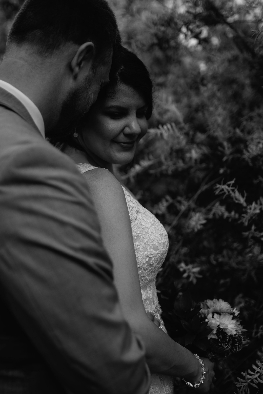 heartfelt-midwest-wedding-photographer.jpg