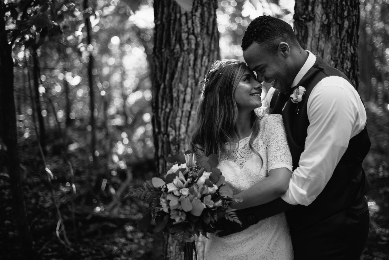 intimate-wedding-photography-minnesota-1-3.jpg