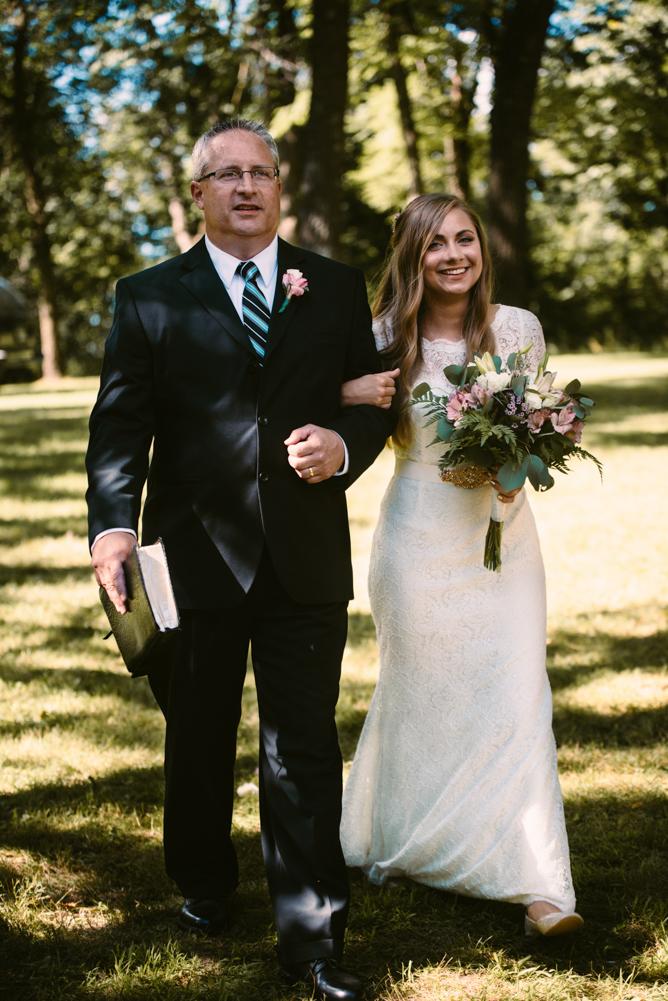 northwoods-minnesota-camp-wedding-photographer-15.jpg