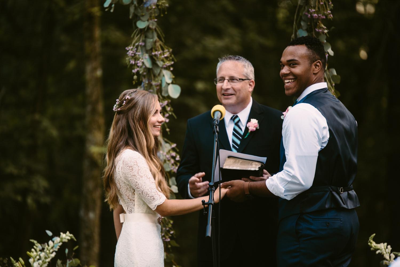 northwoods-minnesota-camp-wedding-photographer-24.jpg