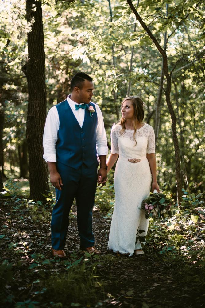 northwoods-minnesota-camp-wedding-photographer-35.jpg