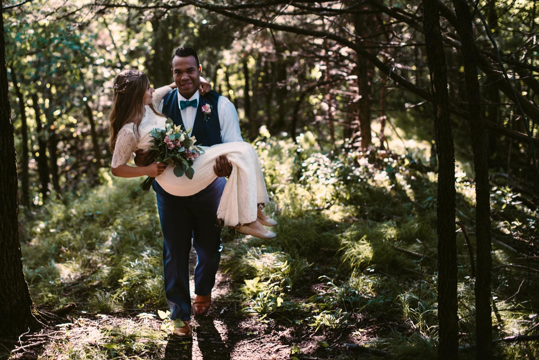 northwoods-minnesota-camp-wedding-photographer-38.jpg