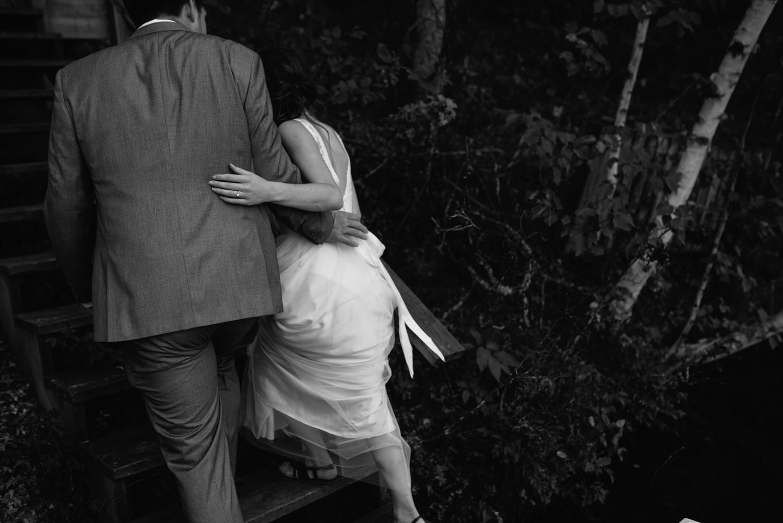 cabin-wedding-photographer-wisconsin-1-4.jpg