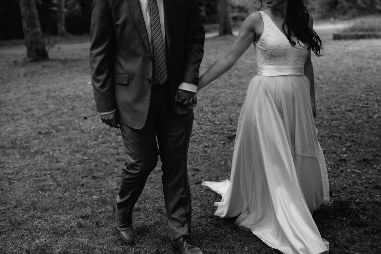 cabin-wedding-photographer-wisconsin-1-9.jpg
