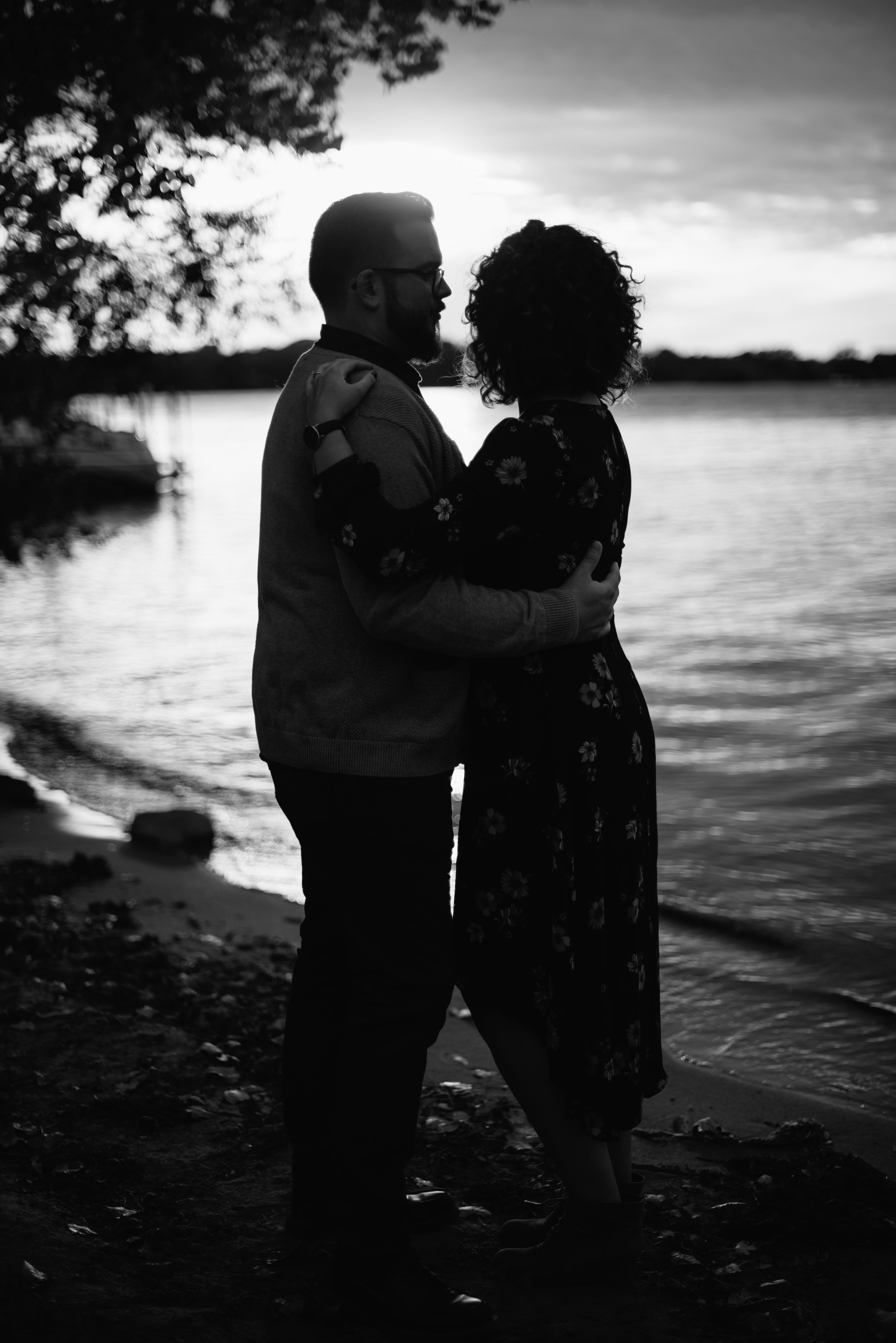 creative-minneapolis-engagement-photographer.jpg