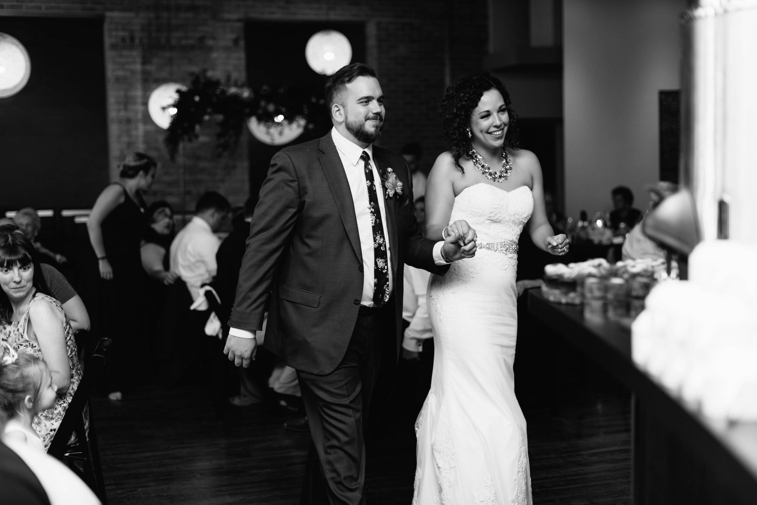industrial-wedding-minneapolis-photographer-1-20.jpg