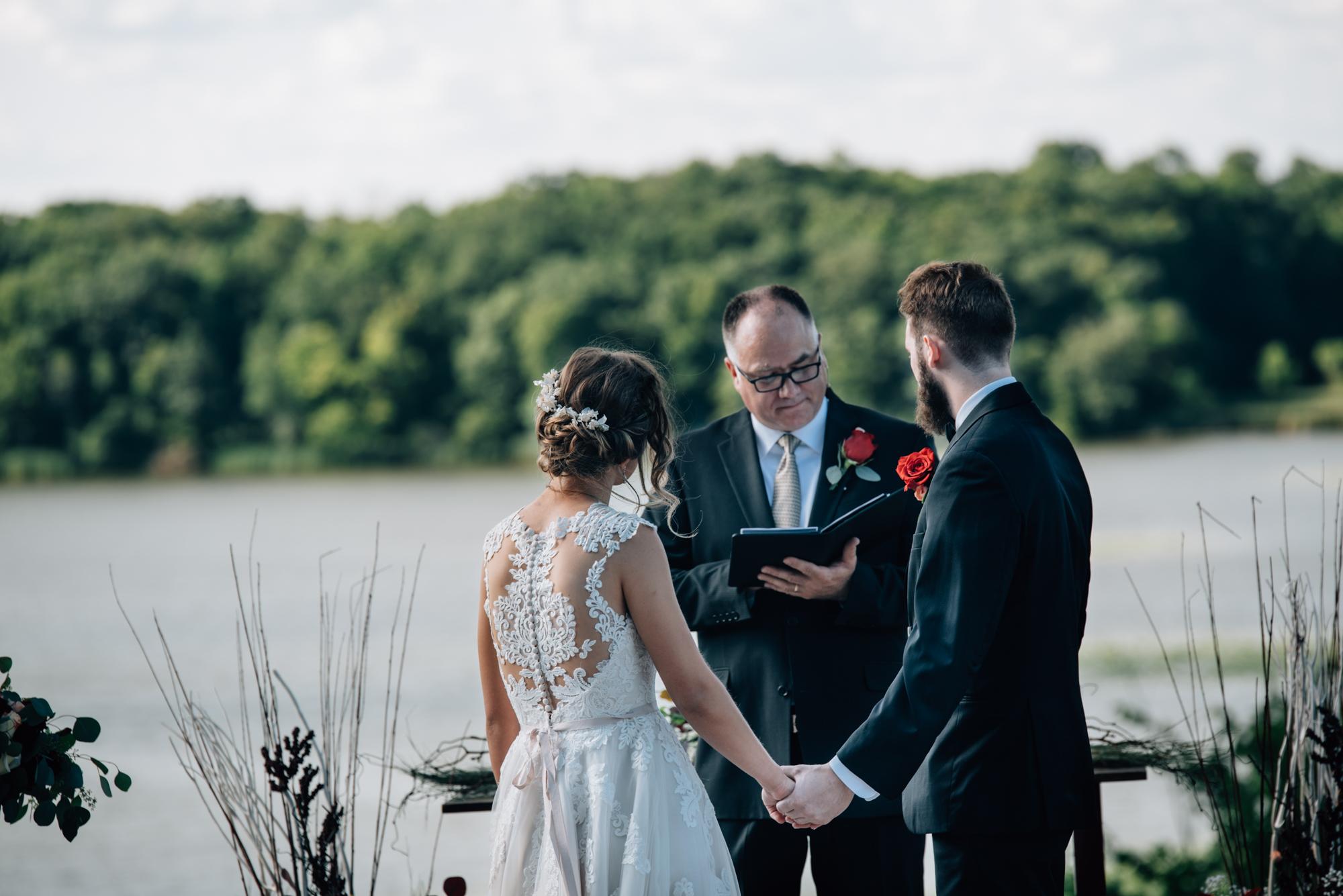 heartfelt-minnesota-wedding-photographer-1-5.jpg