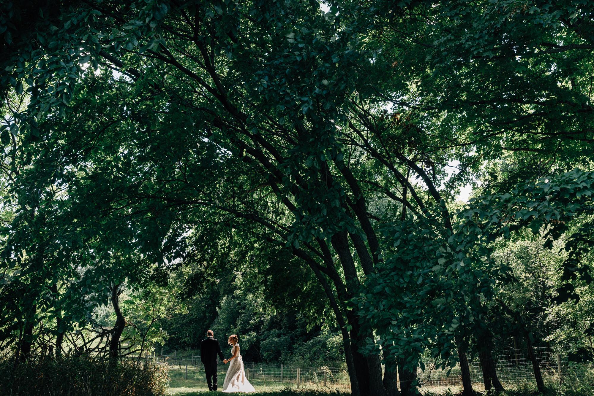 minnesota-outdoor-wedding-1-2.jpg