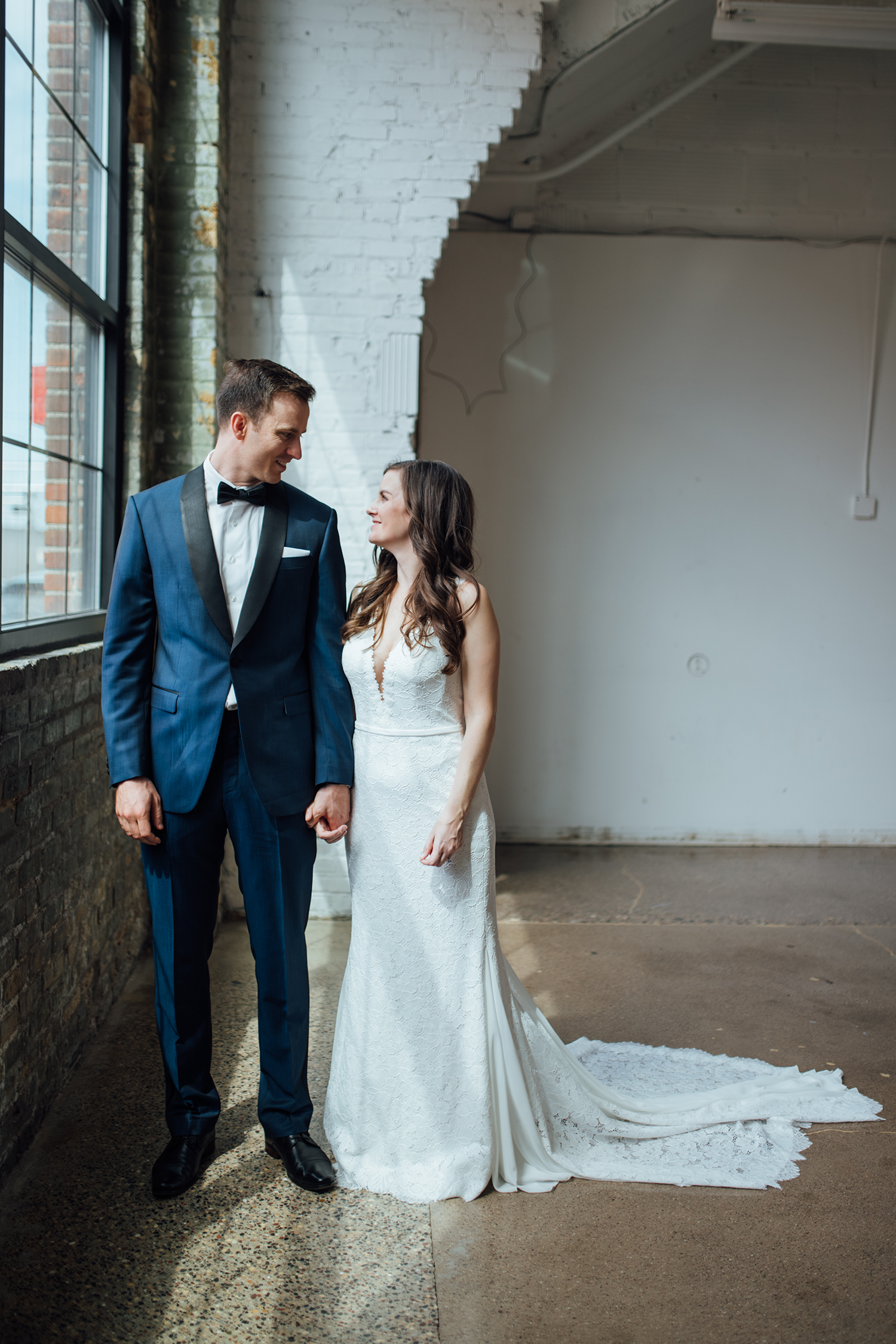minneapolis-wedding-photographer.png