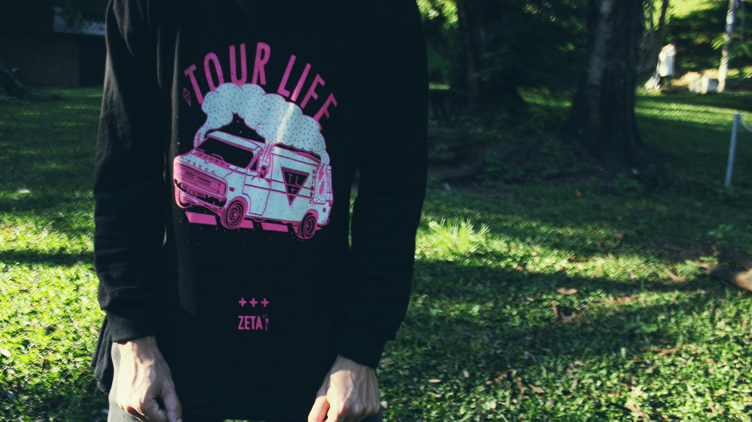 2 tourlife.jpg