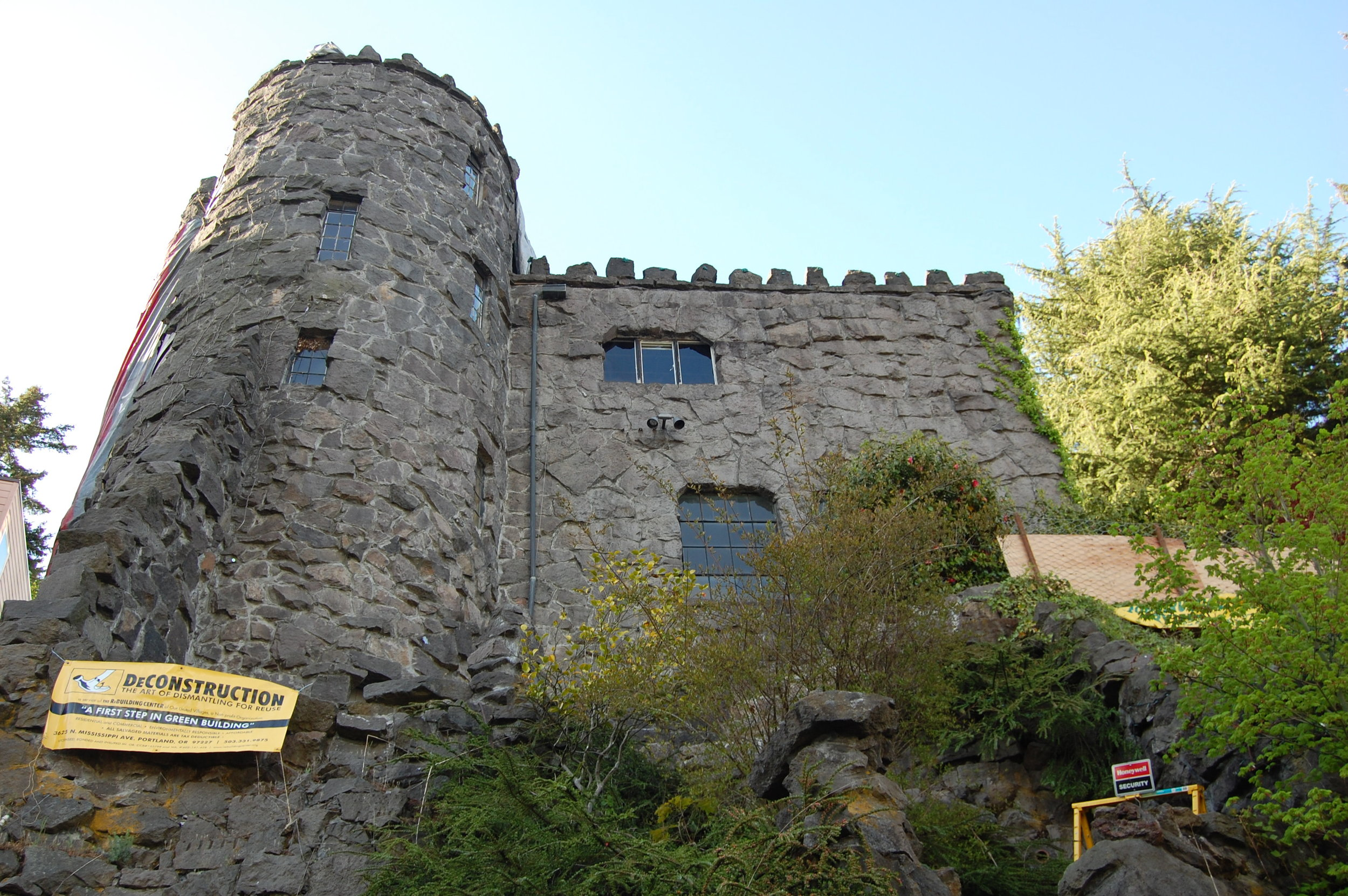 Castle and Church 5-09 033.jpg