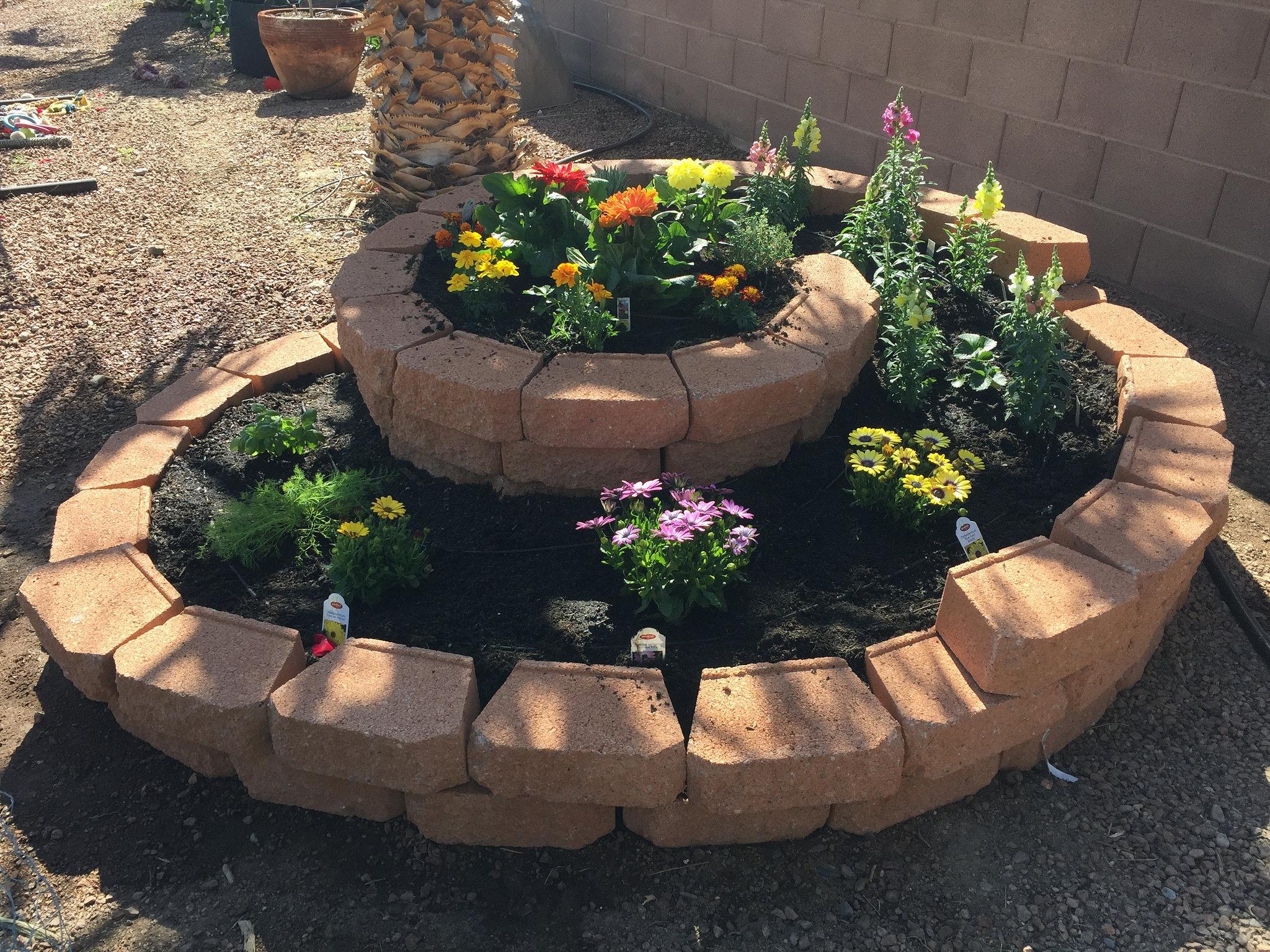 DIY Garden flower spiral , Credited by Steve, Flickr