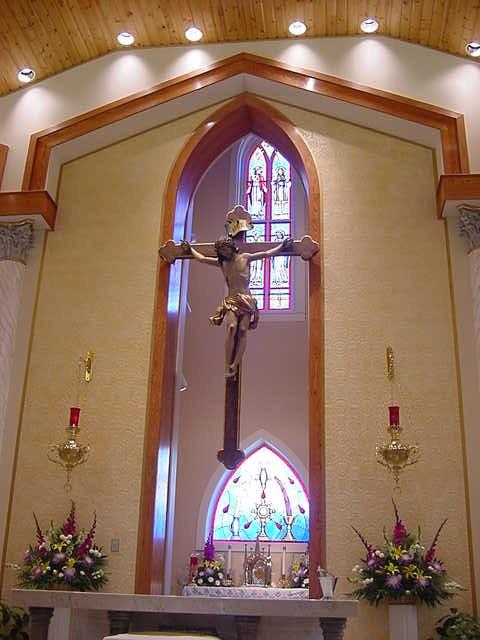 crucifix1.JPG
