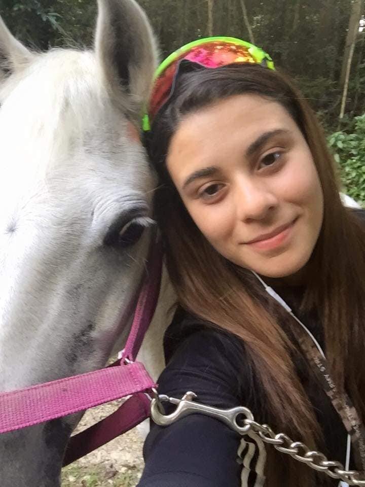 Valeria N. Rivera Orozco - Instructora de Equitación Terapéutica - PATH Int.Certificada en EquinoterapiaMaestra de Educación Física AdaptadaComunidad Bohique, Manatí, PR
