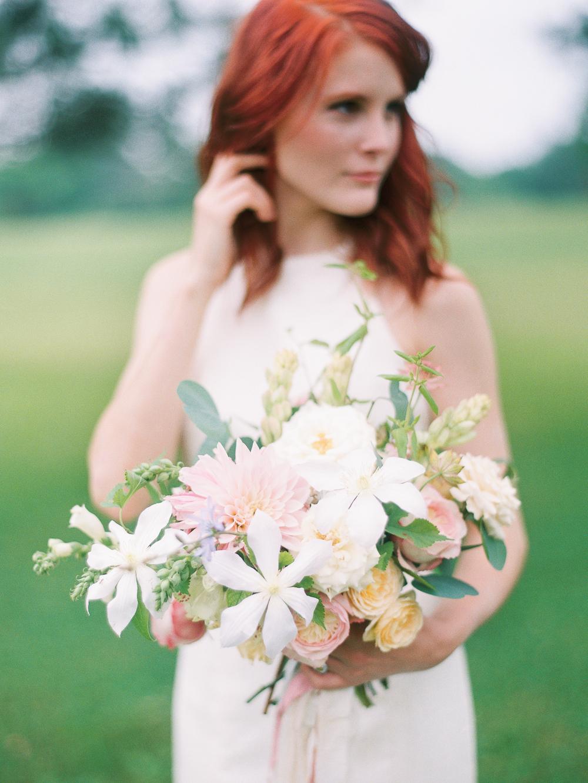 pastel wedding flowers in peach and pink.jpg