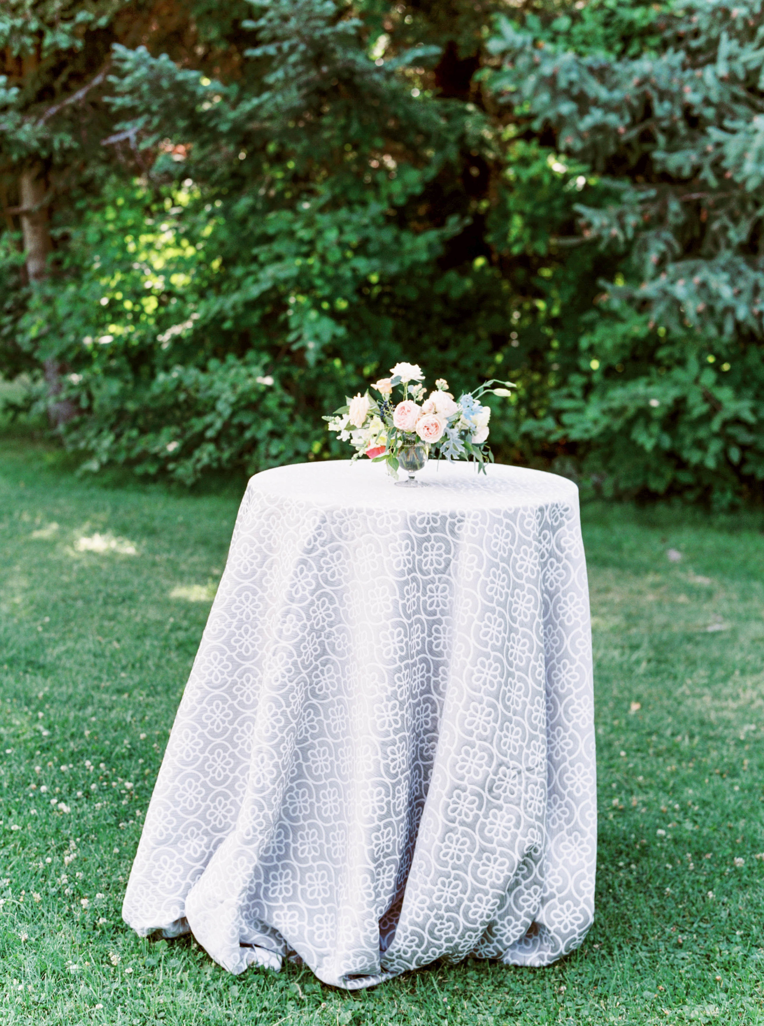 cocktail hour wedding decor with la tavola linen.jpg
