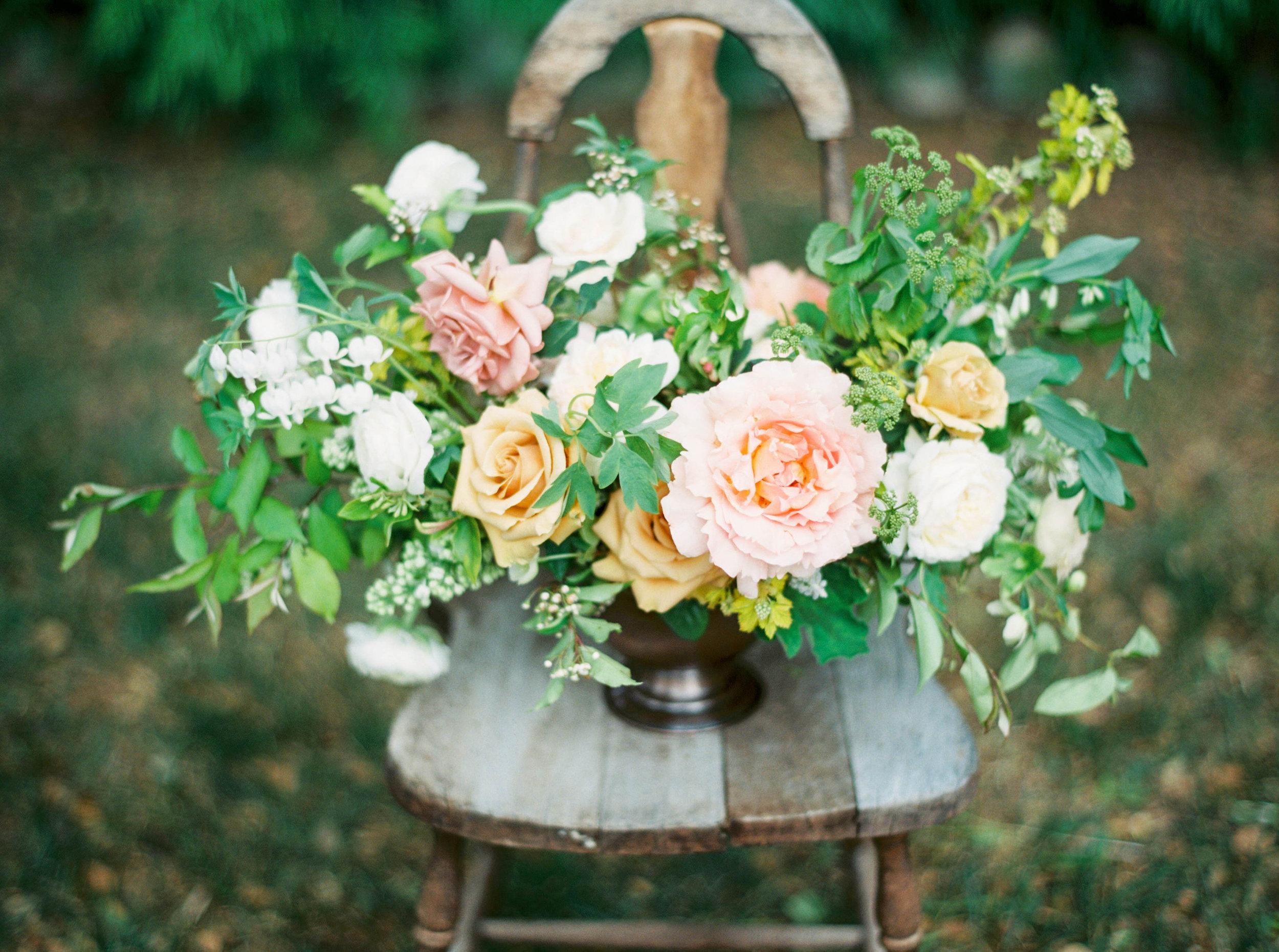 summer wedding centerpiece by foraged floral in california.jpg